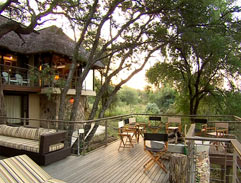 A beautiful African home on the banks of the Olifants River