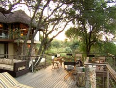 An African inspired home on the banks of the Olifants River