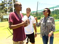 Loyiso Gola spends the day with Top Billing