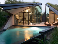 The inspiring Edgeland House by Bercy Chen Studio