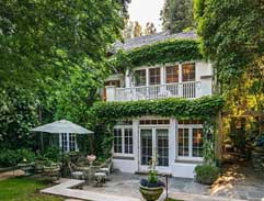 The quaint new LA home of Jennifer Lawrence