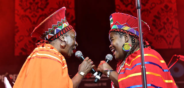 MAHOTELLA-QUEENS-Nobesuthu-Mbadu-and-Amanda-Nkosi