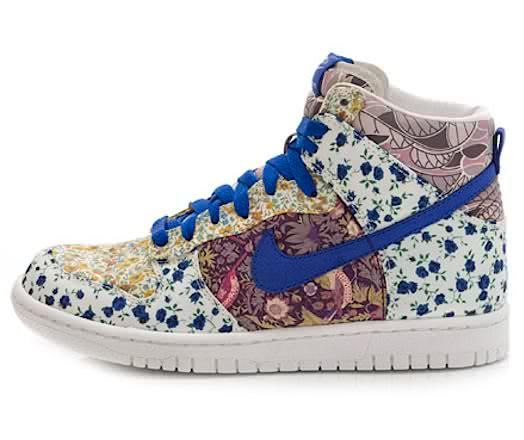 fashion tip, floral nike shoes