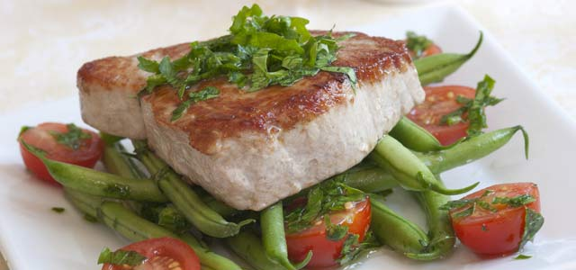 Justine's Seared Mediterranean Tuna with Tomato Salsa