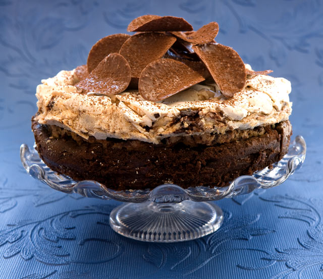 Chocolate cake with meringue