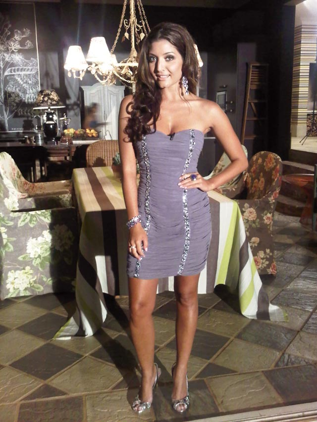 Top Billing presenter Jeannie D is wearing a dress by Only One