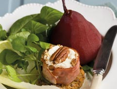 Baked goat's cheese and roasted pear salad