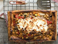 Chickpea and ratatouille pie with goat's cheese
